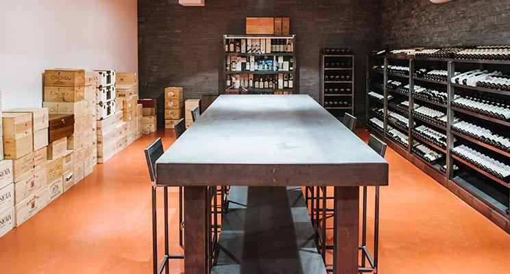 Monaco fine wines arredo cantine for Cantine arredo